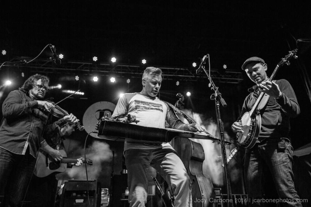 The Infamous Stringdusters Ladies and Gentlemen The Festy Experience 2016