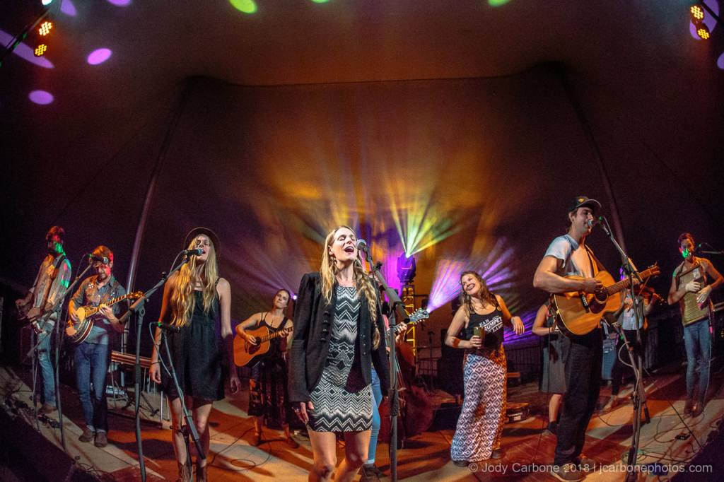 Della Mae with the Shook Twins Elephant Revival and Jay Starling