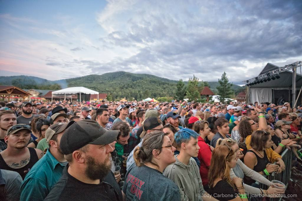 Large crowd waiting for Tyler Childers to take the stage at DBHoopla